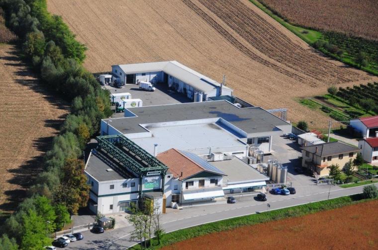 foto aeree caseificio 2011 003